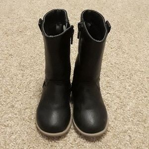 Adorable Old Navy Toddler Boots